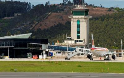 LA CORUÑA AIRPORT / CITY