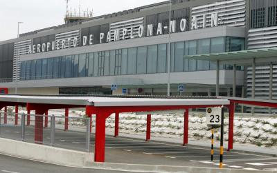 PAMPLONA AIRPORT / CITY